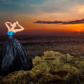 She's in Black Skirt by Amin Basyir Supatra - People Fashion ( bali, fashion, girl, sunset, beautiful, beauty, beach, portrait )