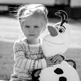 by Jennifer Schweitzer-Bell - Babies & Children Child Portraits