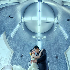 Church by Aang Rinaldi - Wedding Bride & Groom