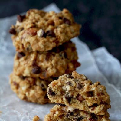 Pumpkin Chocolate Chip Oatmeal Cookies