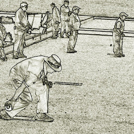 by Gordon Simpson - Sports & Fitness Bowling