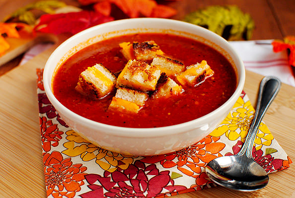 Roasted Tomato Soup with Grilled Cheese Croutons Recipe | Yummly