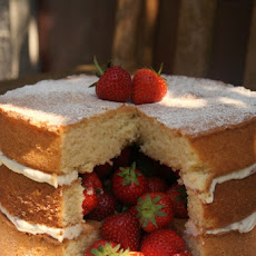 Victoria Sandwich Inside Surprise Cake