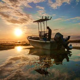 Man n the Boat by Erwan Setyawan - Landscapes Sunsets & Sunrises ( lakey, dompu, beach, people, man )