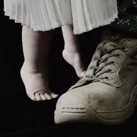 I'll Miss You While You're Gone by Sara Sawatzki - People Family ( family, baby girl, baby, father, military )