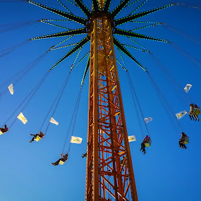 Amusement Park by Jamerson Rodrigues de Melo - City,  Street & Park  Amusement Parks ( blue sky, sky, amusement park, toy, park, blue, fun,  )
