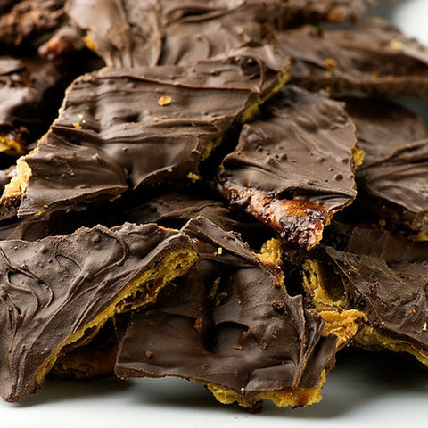 Chocolate Caramel Cookie Brittle