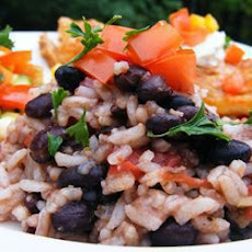 TRADITIONAL BLACK BEANS AND RICE