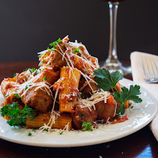 Rigatoni con Polpettine (with Meatballs)
