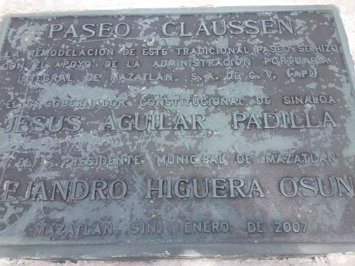 Placa Paseo Clausen