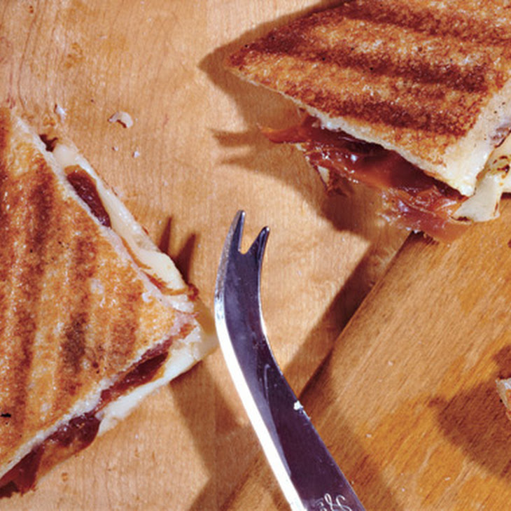 Spanish Grilled Cheese Sandwiches with Manchego and Jamón Serrano