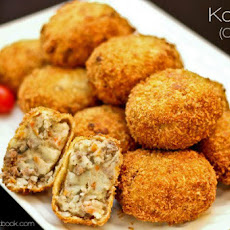 Korokke (Potato & Meat Croquette)