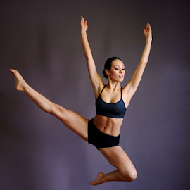 Pure Lines by Andrew Morgan - Sports & Fitness Other Sports ( natural light, woman, shape, dance )
