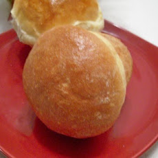 Angel's Rich and Buttery Pan Rolls (Bread Machine)