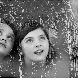 messing around by Joe Faherty - Digital Art People