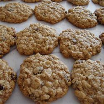 Dairy Free Oatmeal Raisin Cookies