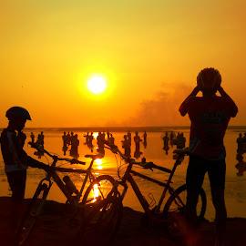 Enjoy The Sunrise by Nanang Efendi - Instagram & Mobile Android
