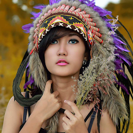 by Septyadhi  Gunawan - People Portraits of Women ( canon, indian )