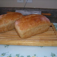 Light Whole Wheat Bread (Bread Machine)