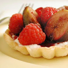 Red Wine-Poached Fig and Ricotta Tarts