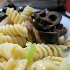 Pasta Salad With Olives and Mozzarella
