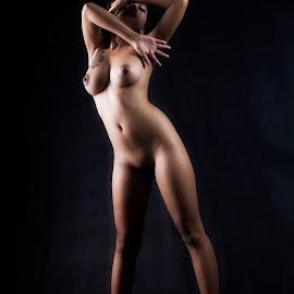 Curve by Bunga Bedugul - Nudes & Boudoir Boudoir ( model, nude, artistic, light, women, people )
