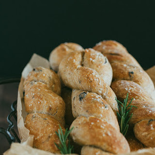 Flavorful Rosemary and Olive Bread