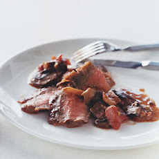 Panfried Flank Steak with Mushroom Ragoût