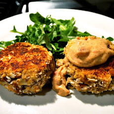 Crab Cakes with Spicy Pimento Mayo