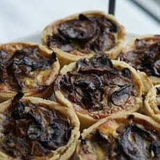 Afternoon Tea – Caramelised Onion and Mushroom Tarts