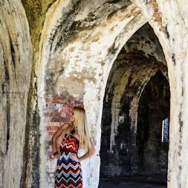 the fort by Diane Davis - People Fashion