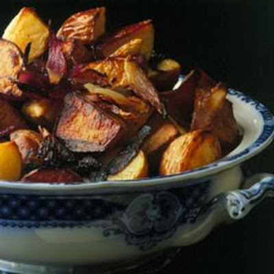 Oven-roasted Red Potatoes with Red Onion and Red Wine Vinegar