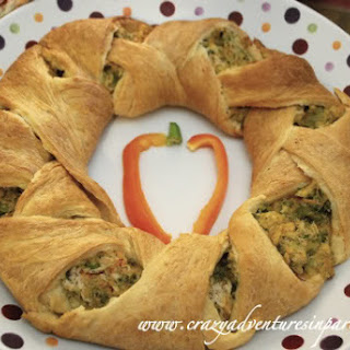 Pampered Chef Chicken Broccoli Wreath