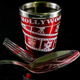by Simon Yue - Artistic Objects Cups, Plates & Utensils