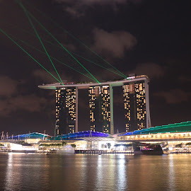 Colorful MBS Laser Show by Michael Loi - Novices Only Street & Candid ( colorful, mbs, night, show, laser, sg )