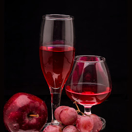 Red Red Wine... by Rakesh Syal - Food & Drink Alcohol & Drinks