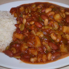 Hungarian Mixed Bean Goulash