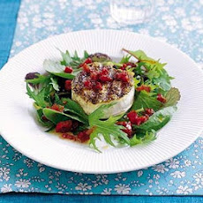 Peppery goat's cheese with SunBlush salad