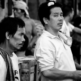 Life in the Market by Ferdinand Ludo - People Street & Candids ( men at work, sunday, discussing, carbon market )