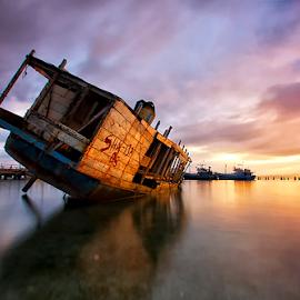 Colouring of Sunrise by Haslam Format - Transportation Boats ( tulehu;ambon;landscape; )
