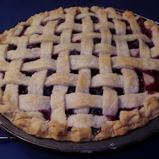 Blueberry and Blackberry Pie