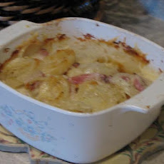 Scalloped Potatoes With Smoked Turkey
