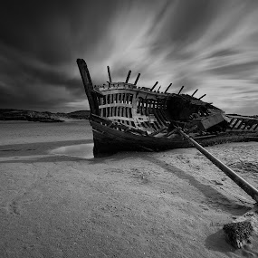 Bunbeg Ship Wreck by Peter Krocka - Black & White Landscapes ( #exposur #long #longcexposur #sea #sicily #sunset, , water, device, transportation, storm, stormy, weather )