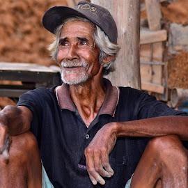 smile by Sandi Nopri yanto - People Portraits of Men