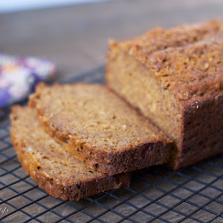 Molasses Banana-Oat Bread