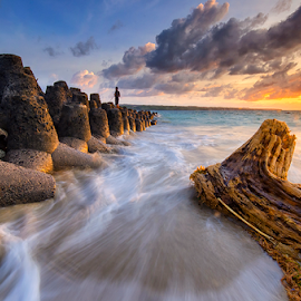 The Shore of Dying Dreams by Hendri Suhandi - Landscapes Sunsets & Sunrises ( bali, tuban, sunset, travel, beach )