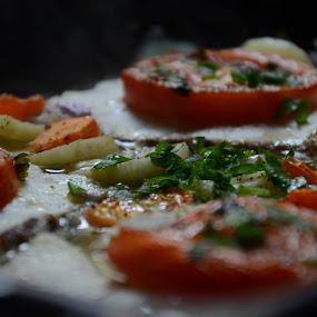 μετά.. φέτες σφυρίδας με πατάτες, καρότο, κρεμμύδι, σκόρδο, λάδι, μαϊντανό και πιπέρι...μμ νόστιμο.. ;)after.. slices of grouper with potato, carrot, onion, garlic, oil, parsley and pepper ...mm taste good.. ;)ευχαριστώ την Marietta Mastroyianni, Helen Kitsiou και τον Γιώργο Γεωργιάδη για την βοήθεια στη συνταγή :) by Pantelis Orfanos - Food & Drink Cooking & Baking