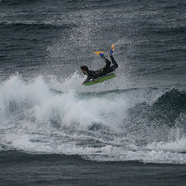 Reverse by Alfredo Peixoto - Sports & Fitness Surfing