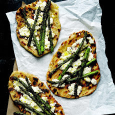 Grilled Asparagus and Ricotta Pizzas