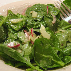 Spinach Cucumber Salad With Yogurt Dressing
